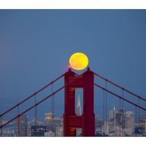 Full moon over the Golden Gate bridge